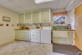 """Photo 16: 3311 DALEBRIGHT Drive in Burnaby: Government Road House for sale in """"GOVERNMENT ROAD"""" (Burnaby North)  : MLS®# R2214815"""