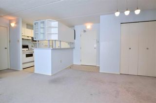 Photo 2: 2111 80 Plaza Drive in Winnipeg: Fort Garry Condominium for sale (1J)  : MLS®# 202102772