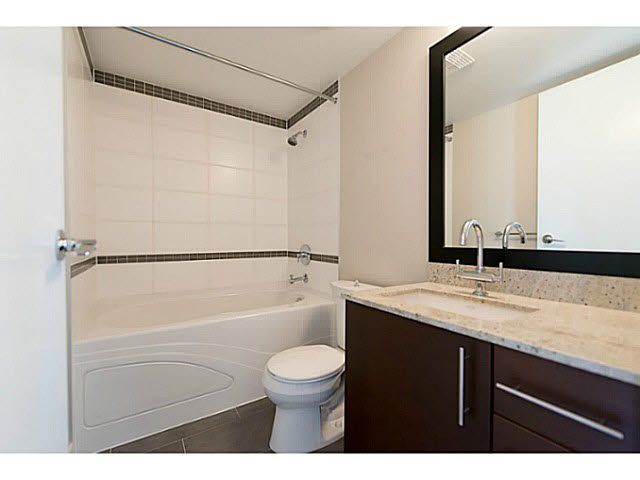 """Photo 19: Photos: 304 14300 RIVERPORT Way in Richmond: East Richmond Condo for sale in """"Waterstone Pier"""" : MLS®# V1098515"""