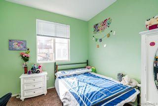 Photo 10: CHULA VISTA Townhouse for sale : 4 bedrooms : 2181 caminito Norina #132