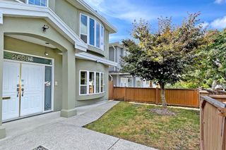 Photo 4: 2686 WAVERLEY Avenue in Vancouver: Killarney VE House for sale (Vancouver East)  : MLS®# R2617888