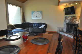 Photo 8: 32 6125 EAGLE DRIVE in Whistler: Whistler Cay Heights Townhouse for sale : MLS®# R2341108