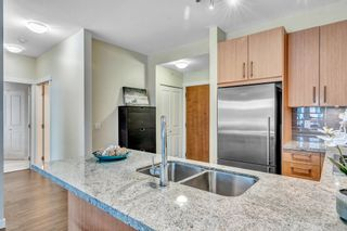"Photo 13: 304 139 W 22ND Street in North Vancouver: Central Lonsdale Condo for sale in ""ANDERSON WALK"" : MLS®# R2526044"