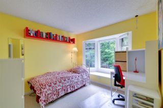 """Photo 17: 8895 FINCH Court in Burnaby: Forest Hills BN Townhouse for sale in """"PRIMROSE HILL"""" (Burnaby North)  : MLS®# R2061604"""