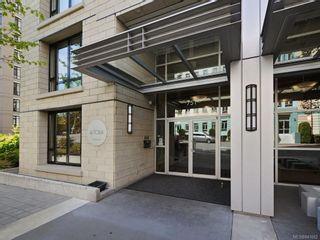 Photo 3: 1505 751 Fairfield Rd in Victoria: Vi Downtown Condo for sale : MLS®# 841662