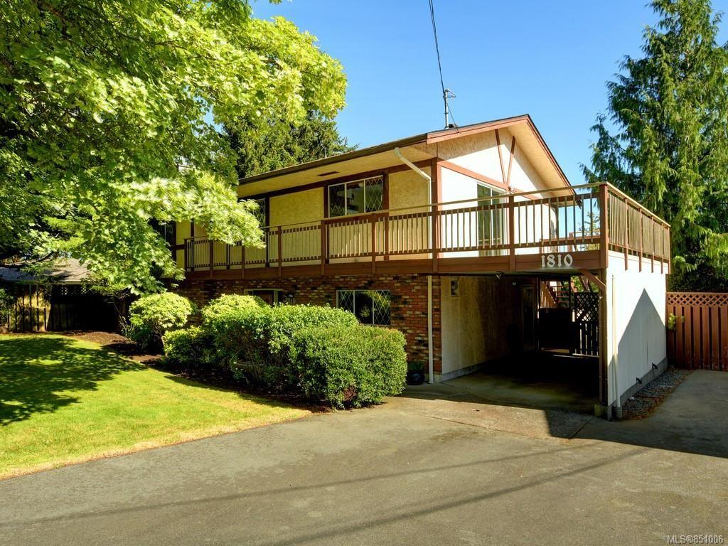 Main Photo: 1810 Grandview Dr in : SE Gordon Head House for sale (Saanich East)  : MLS®# 851006