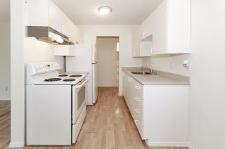 """Photo 13: 204 225 W 3RD Street in North Vancouver: Lower Lonsdale Condo for sale in """"Villa Valencia"""" : MLS®# R2459541"""