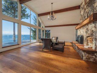 "Photo 18: 7101 DALE Road in Sechelt: Sechelt District House for sale in ""Caleda Estates"" (Sunshine Coast)  : MLS®# R2515160"