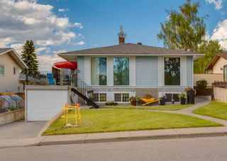 Main Photo: 3516 Brenner Drive NW in Calgary: Brentwood Detached for sale : MLS®# A1120812