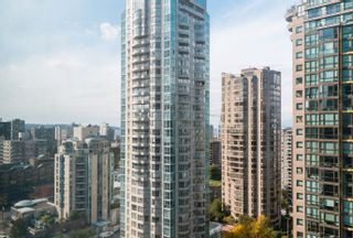 """Photo 13: 1902 1288 W GEORGIA Street in Vancouver: West End VW Condo for sale in """"RESIDENCES ON GEORGIA"""" (Vancouver West)  : MLS®# R2625011"""