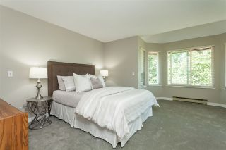 Photo 13: 6078 154A Street in Surrey: Sullivan Station House for sale : MLS®# R2393804