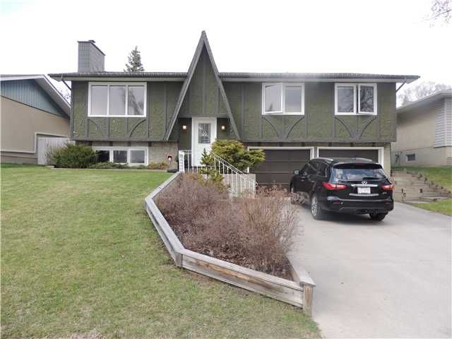Main Photo: 4448 DALHART Road NW in CALGARY: Dalhousie Residential Detached Single Family for sale (Calgary)  : MLS®# C3615332