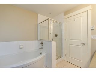 """Photo 16: 114 5430 201 Street in Langley: Langley City Condo for sale in """"SONNET"""" : MLS®# R2466261"""