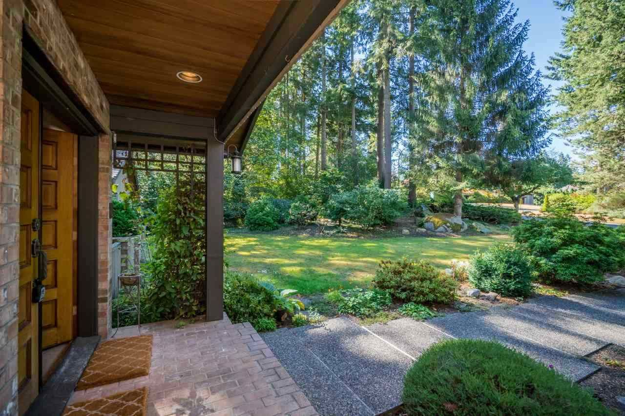 Main Photo: 2768 141 Street in Surrey: Sunnyside Park Surrey House for sale (South Surrey White Rock)  : MLS®# R2548822
