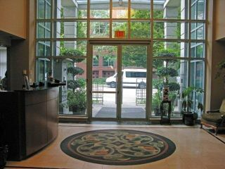 """Photo 6: 809 1889 ALBERNI Street in Vancouver: West End VW Condo for sale in """"LORD STANLEY"""" (Vancouver West)  : MLS®# R2313766"""