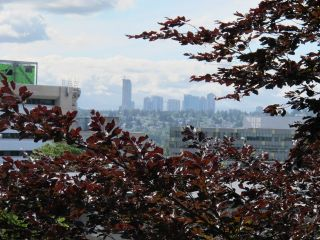 """Photo 14: 409 331 KNOX Street in New Westminster: Sapperton Condo for sale in """"WESTMOUNT ARMS"""" : MLS®# R2169687"""