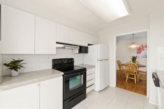 """Photo 7: 1004 2668 ASH Street in Vancouver: Fairview VW Condo for sale in """"Cambridge Gardens"""" (Vancouver West)  : MLS®# R2578682"""
