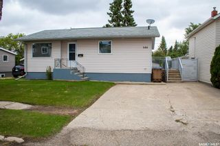 Photo 2: 508 Stovel Avenue West in Melfort: Residential for sale : MLS®# SK868424