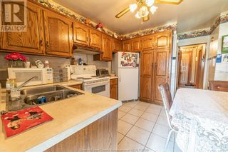 Photo 13: 983 BRUCE AVENUE in Windsor: House for sale : MLS®# 21017482