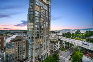 "Photo 22: 1502 907 BEACH Avenue in Vancouver: Yaletown Condo for sale in ""CORAL COURT"" (Vancouver West)  : MLS®# R2457774"