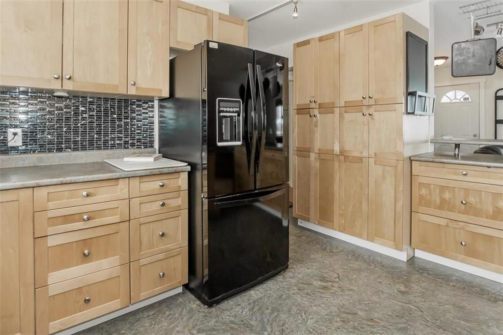 Photo 14: Photos: 93 Pike Crescent in Winnipeg: East Elmwood Residential for sale (3B)  : MLS®# 202108663
