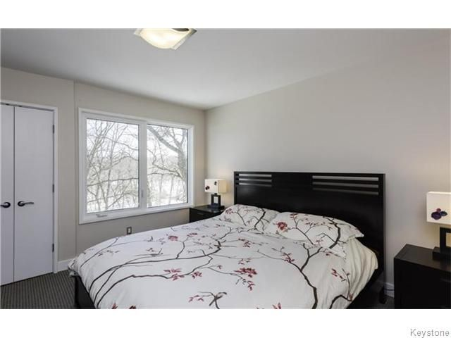 Photo 9: Photos: 225 Egerton Road in Winnipeg: St Vital Residential for sale (South East Winnipeg)  : MLS®# 1605612