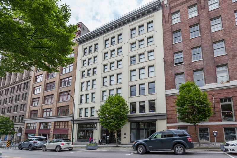 Main Photo: 2 528 BEATTY Street in Vancouver: Downtown VW Condo for sale (Vancouver West)  : MLS®# R2184259