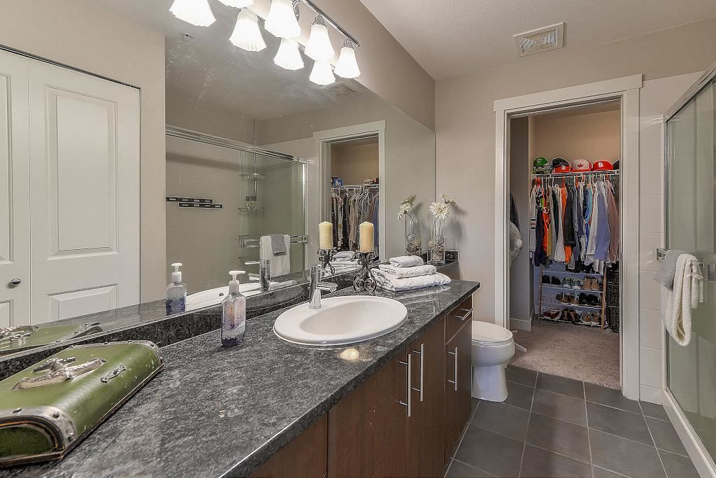 "Photo 12: Photos: 401 19366 65 Avenue in Surrey: Clayton Condo for sale in ""LIBERTY"" (Cloverdale)  : MLS®# R2213841"