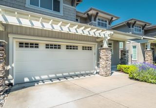 """Photo 1: 51 34230 ELMWOOD Drive in Abbotsford: Abbotsford East Townhouse for sale in """"TEN OAKS"""" : MLS®# R2597148"""