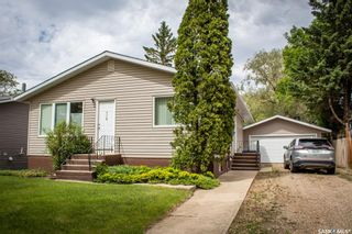 Photo 3: 110 Hatton Avenue East in Melfort: Residential for sale : MLS®# SK858912