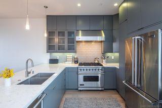Photo 6: CORONADO VILLAGE Condo for sale : 4 bedrooms : 704 7th Street in Coronado
