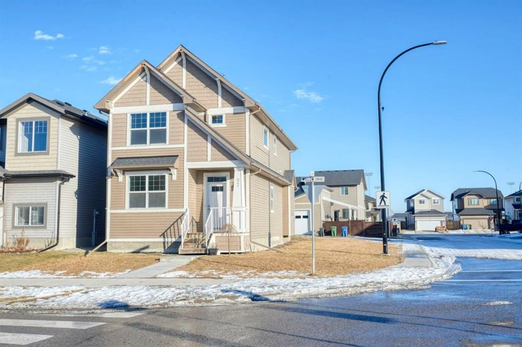 Main Photo: 97 Willow Drive: Cochrane Detached for sale : MLS®# A1050181