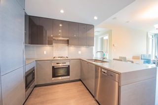 """Photo 10: 2101 4508 HAZEL Street in Burnaby: Forest Glen BS Condo for sale in """"SOVEREIGN"""" (Burnaby South)  : MLS®# R2623850"""