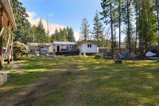 Photo 1: 6111 SECHELT INLET ROAD in Sechelt: Sechelt District House for sale (Sunshine Coast)  : MLS®# R2557718
