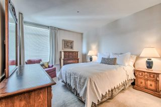 """Photo 11: 406 2271 BELLEVUE Avenue in West Vancouver: Dundarave Condo for sale in """"THE ROSEMONT ON BELLEVUE"""" : MLS®# R2356609"""