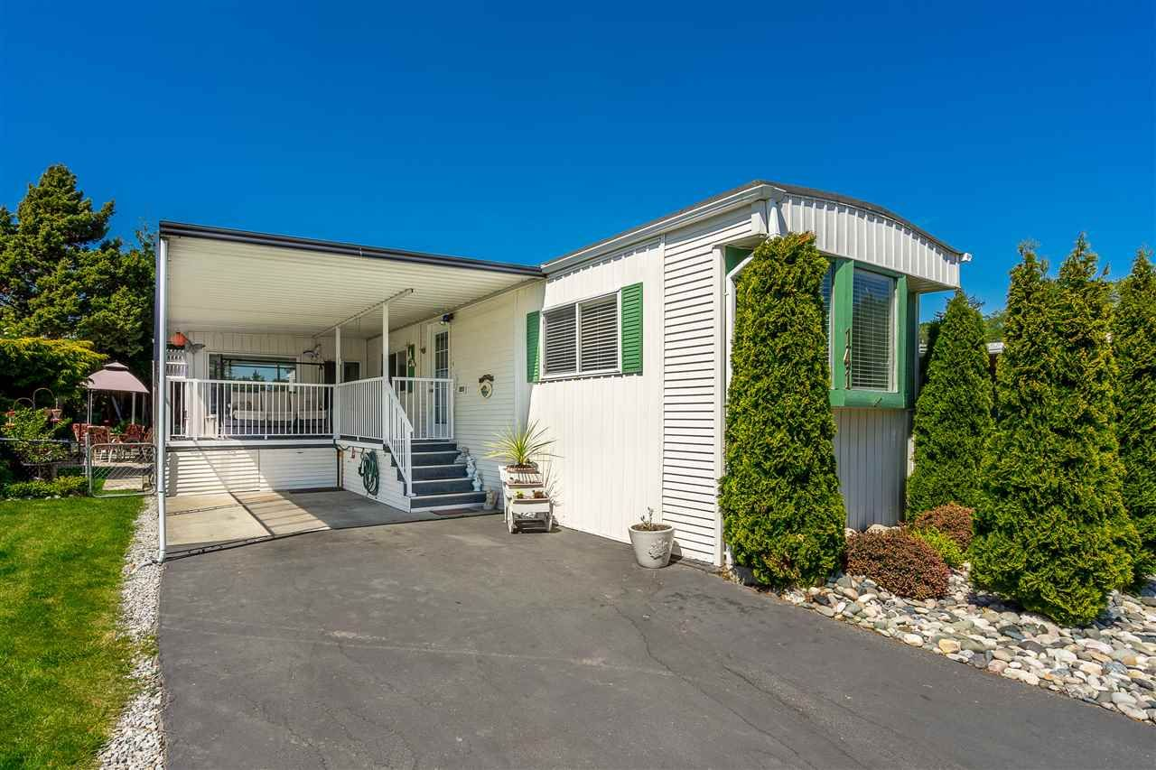 """Main Photo: 141 1840 160 Street in Surrey: King George Corridor Manufactured Home for sale in """"BREAKAWAY BAYS"""" (South Surrey White Rock)  : MLS®# R2367996"""