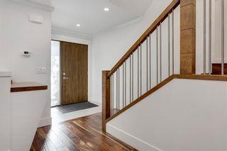 Photo 3: 5 42 Street SW in Calgary: Wildwood Detached for sale : MLS®# C4291719