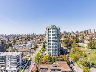 "Photo 5: 2102 850 ROYAL Avenue in New Westminster: Downtown NW Condo for sale in ""ROYALTON"" : MLS®# R2568991"
