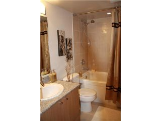 """Photo 6: 409 1212 HOWE Street in Vancouver: Downtown VW Condo for sale in """"1212 HOWE"""" (Vancouver West)  : MLS®# V935437"""