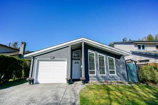 Photo 2: 1893 BLUFF Way in Coquitlam: River Springs House for sale : MLS®# R2352672