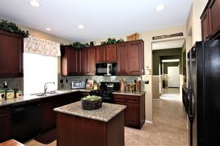 Photo 6: OCEANSIDE House for sale : 3 bedrooms : 149 Canyon Creek Way