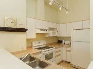 Photo 7: 2 3586 SE MARINE DRIVE in Vancouver East: Champlain Heights Condo for sale ()  : MLS®# R2049515