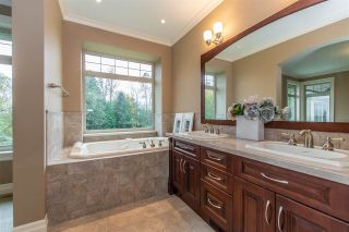 """Photo 13: 3923 COACHSTONE Way in Abbotsford: Abbotsford East House for sale in """"CREEKSTONE ON THE PARK"""" : MLS®# R2418602"""