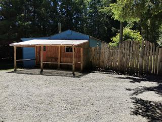 Photo 2: 2351 Kemp Lake Rd in : Sk Kemp Lake Manufactured Home for sale (Sooke)  : MLS®# 879777