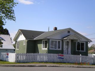"""Main Photo: 1717 17TH Avenue in Prince George: Connaught House for sale in """"VAN BOW"""" (PG City Central (Zone 72))  : MLS®# R2068919"""