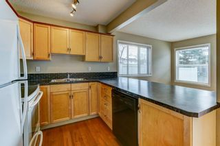 Photo 7: 431 Country Village Cape NE in Calgary: Country Hills Village Row/Townhouse for sale : MLS®# A1043447