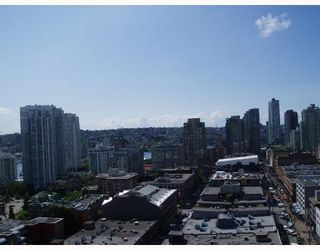 """Photo 5: 2010 977 MAINLAND Street in Vancouver: Downtown VW Condo for sale in """"YALETOWN PARK 3"""" (Vancouver West)  : MLS®# V729730"""