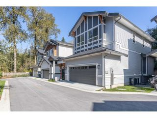 """Photo 2: 109 8217 204B Street in Langley: Willoughby Heights Townhouse for sale in """"Ironwood"""" : MLS®# R2505195"""