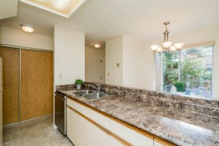 """Photo 18: 5 2223 ST JOHNS Street in Port Moody: Port Moody Centre Townhouse for sale in """"PERRY'S MEWS"""" : MLS®# R2542519"""