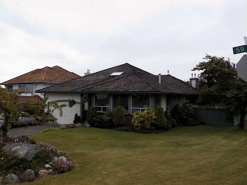 Main Photo: 19002 59th Avenue in Surrey: Cloverdale BC House for sale (Cloverdale)  : MLS®# F2315376